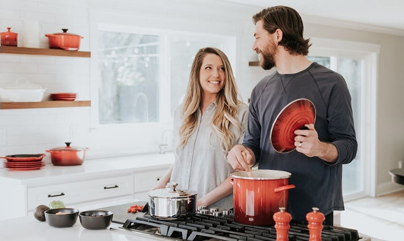 5 Kinds of Healthy Non-Toxic Cookware
