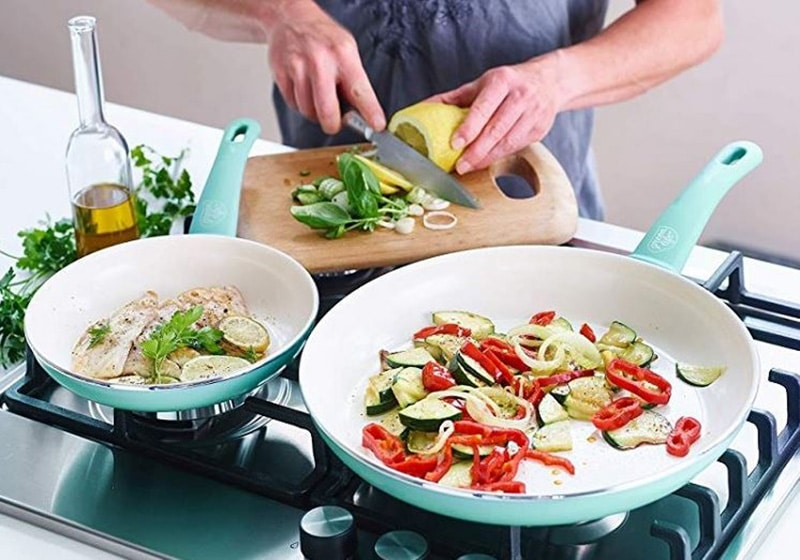 Things to Consider When Purchasing Nonstick Cookware