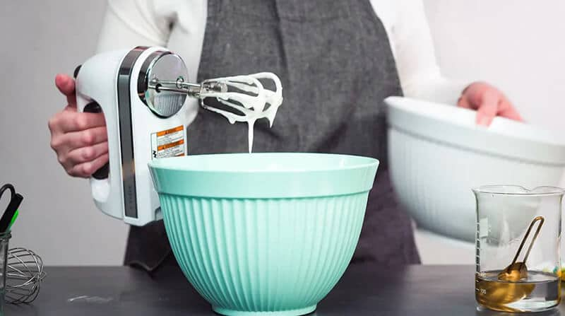 Things to Look for in a Hand Mixer