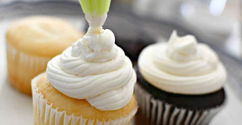 Frosting vs Icing
