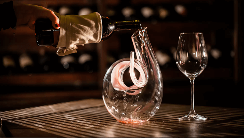 Aspects to consider when buying a wine decanter
