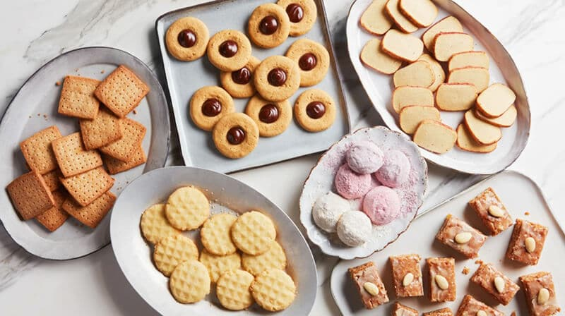 THE BEST TIPS FOR MAKING AND STORING COOKIES