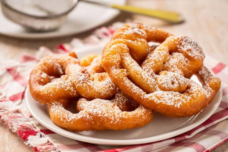 What Type OF OIL DO YOU NEED FOR FUNNEL CAKE