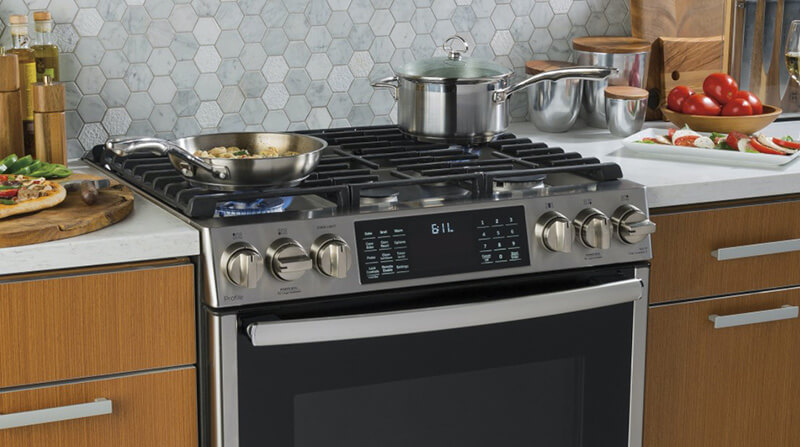 Benefits of Utilizing a 24-inch Wall Oven