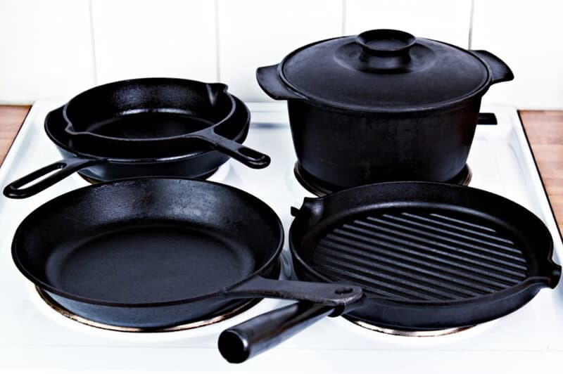lodge cast iron cookware sets best price