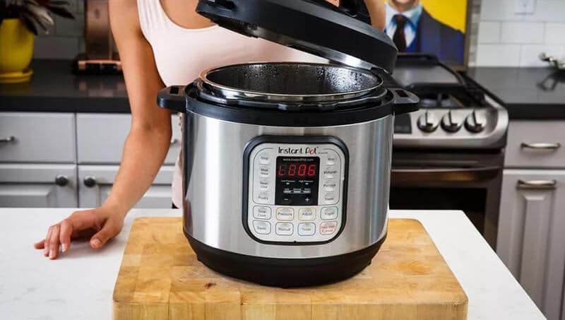 what is the best 4 qt electric pressure cooker on the market